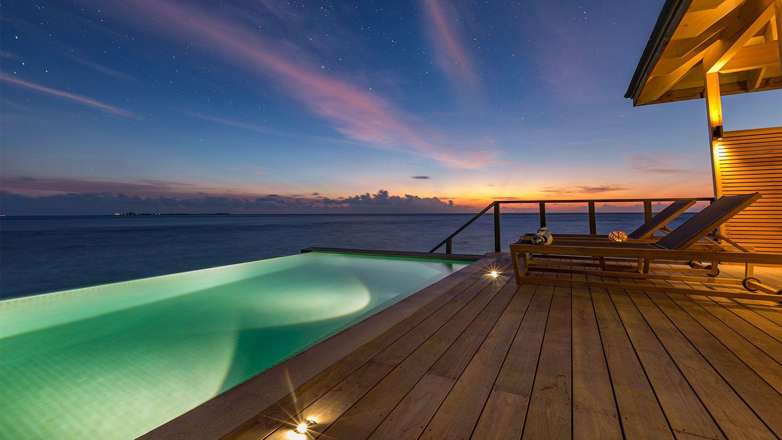 Hurawalhi Maldives villa