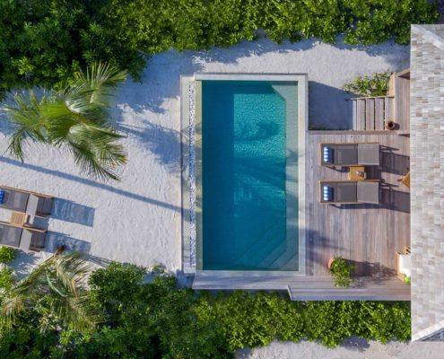 Hurawalhi Maldives Villas