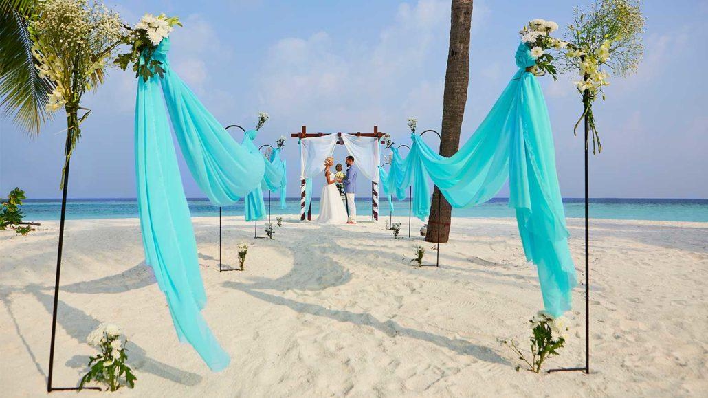 Weddings Hurawalhi Maldives