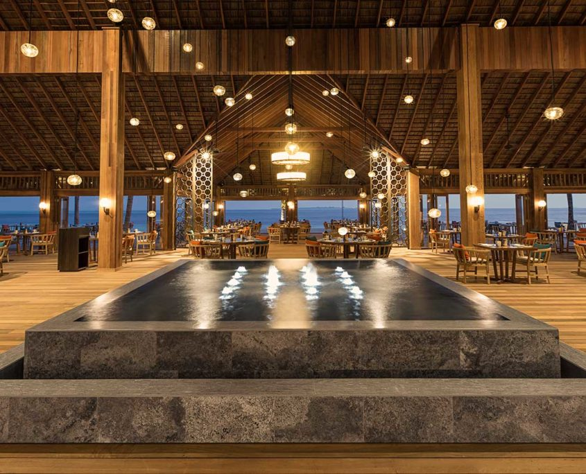 Hurawalhi Maldives Resort Canneli Restaurant