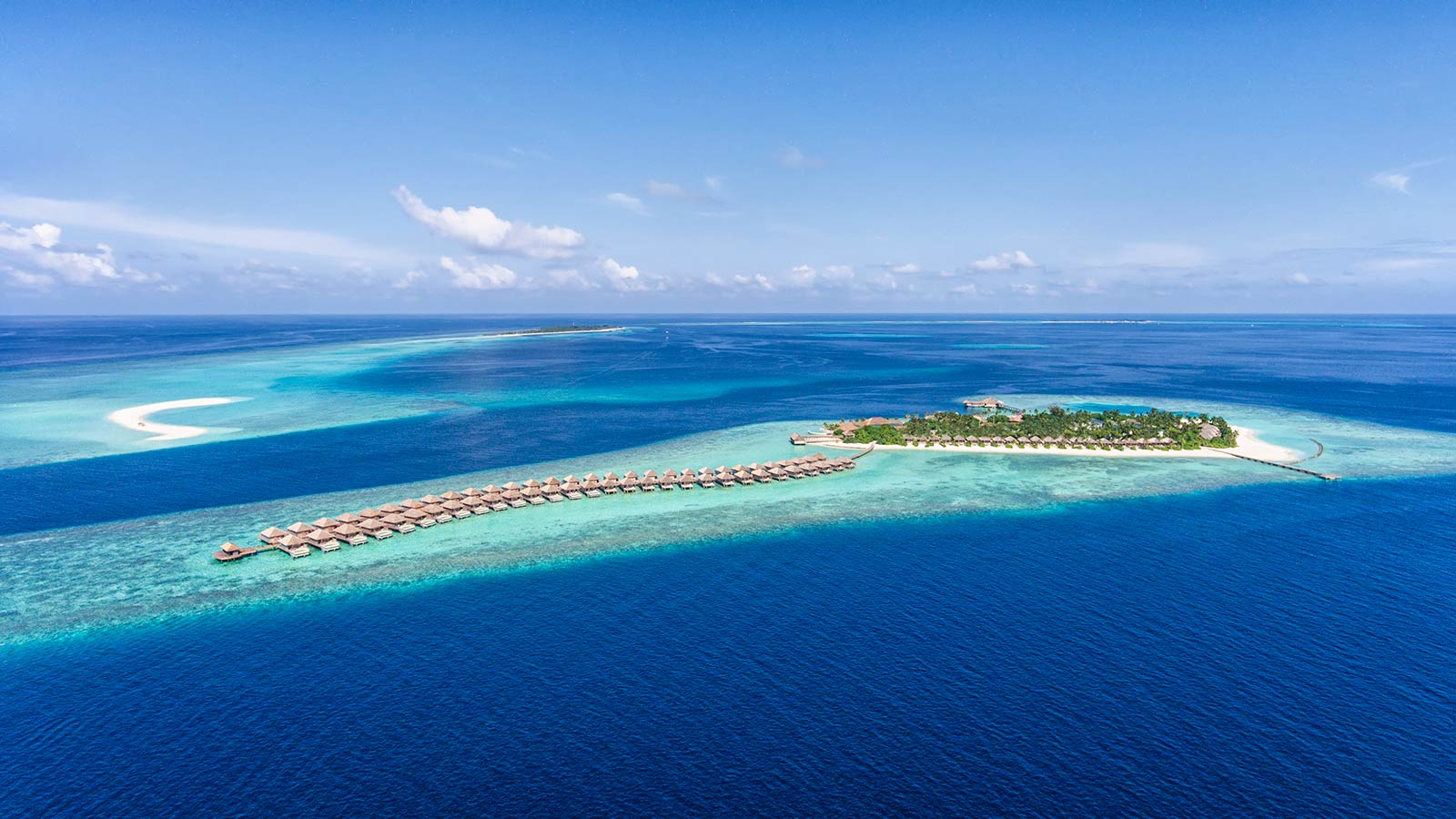 Hurawalhi Maldives Resort