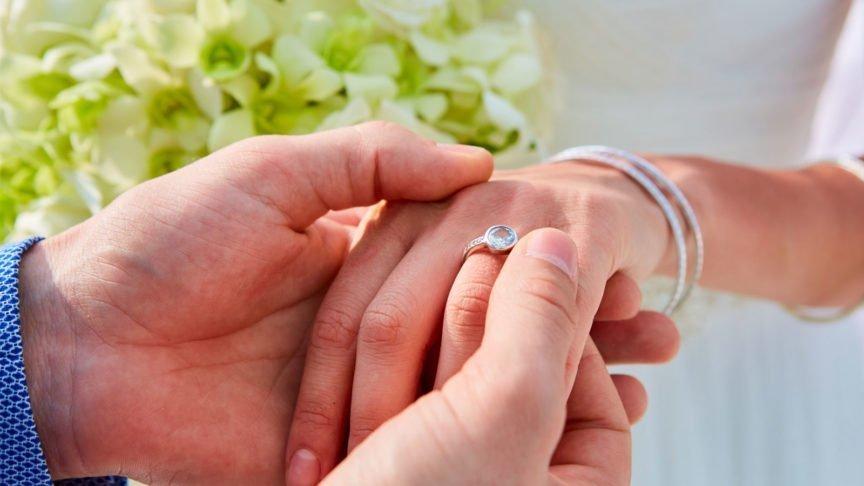Hurawalhi Maldives Wedding Proposal