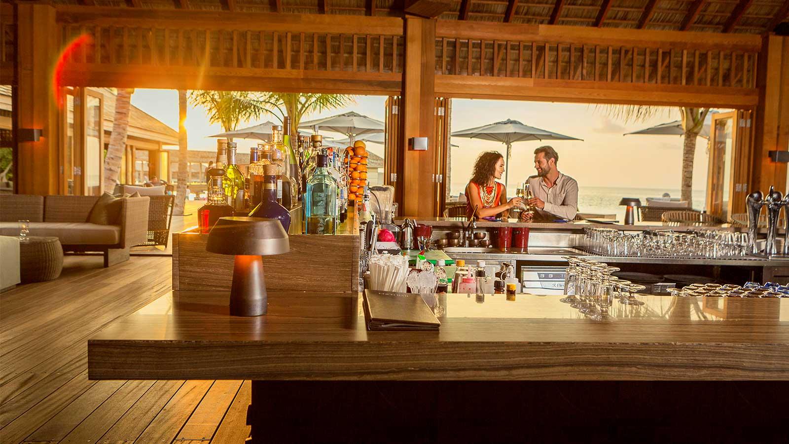 Anreise zum Hurawalhi Island Resort auf den Malediven.