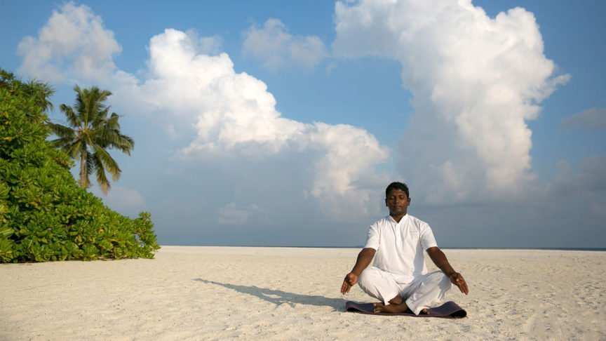 Yoga Hurawalhi Maldives
