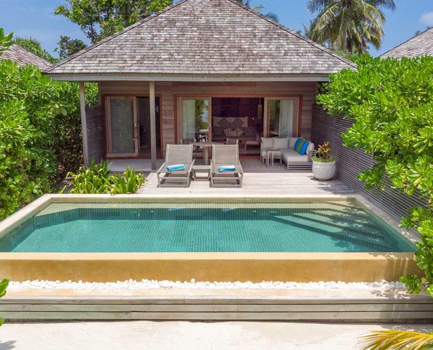 Beach Villa Hurawalhi Maldives